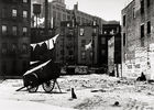Galerie Bassenge Berlin - Ilse Bing, Empty, run-down back lot, New York City, 1936