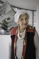 Monir Shahroudy Farmanfarmaian gestorben