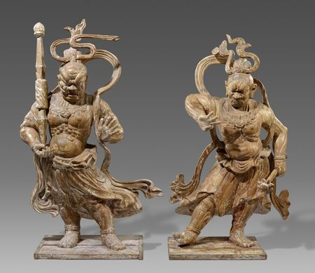 Two wood figures of a pair of Niô. 18th/19th century